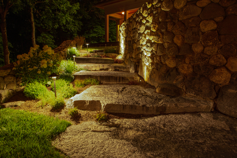 The Benefits of a Professional Landscape Lighting Installation